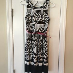 EUC Eliza J black and white dress, size 4